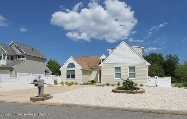 Cape,Custom, Single Family,Detached - Lanoka Harbor, NJ (photo 1)