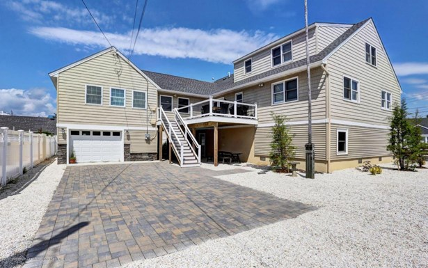 Contemporary, Single Family,Detached - Long Beach Twp, NJ (photo 4)