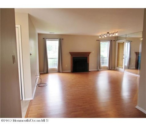 Condominium, End Unit,Ranch - Marlboro, NJ (photo 2)