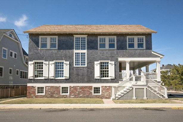 Single Family,Detached, Shore Colonial - Mantoloking, NJ (photo 2)
