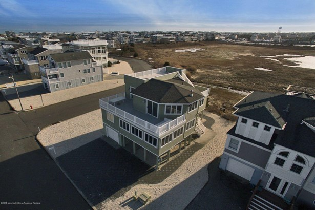 Contemporary, Single Family,Detached - Long Beach Twp, NJ (photo 1)