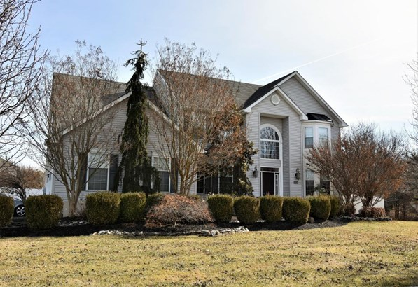 Colonial, Single Family,Detached - Toms River, NJ (photo 4)