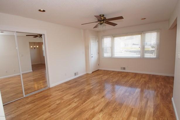 Condominium,Attached, Attached,Lower Level - Lavallette, NJ (photo 4)