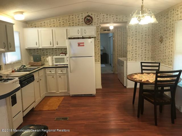 Mobile Home, Adult Community,Detached - Tuckerton, NJ (photo 3)