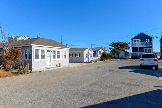 Cottage/Bungalow, Single Family,Detached - Seaside Park, NJ (photo 5)