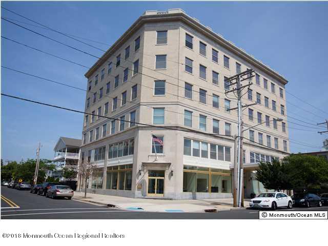 Condominium,Condominium, One Level Unit,Upper Level - Asbury Park, NJ