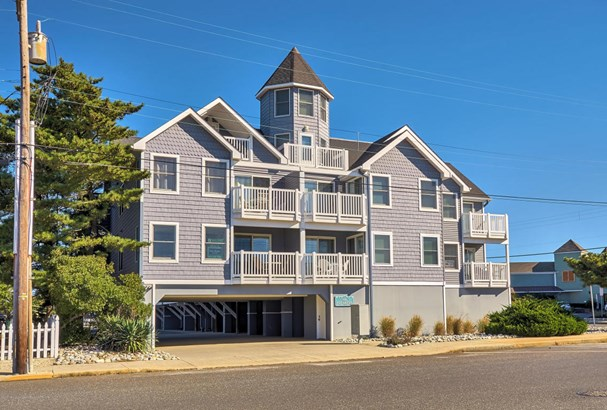 Condominium,Attached, Attached,End Unit - Beach Haven, NJ (photo 3)