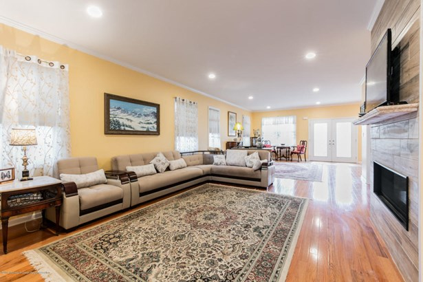 Colonial,Custom, Single Family,Detached - Spring Lake Heights, NJ (photo 3)