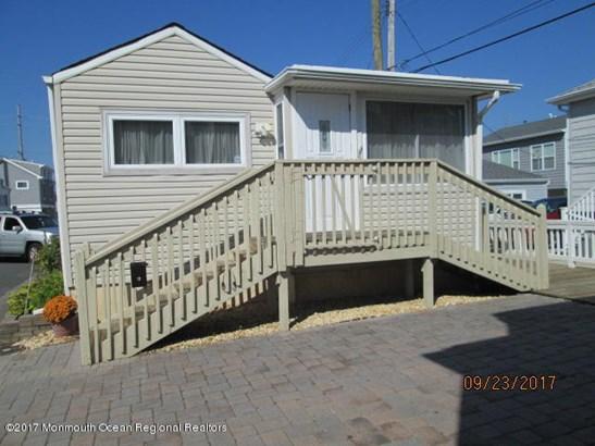Cottage/Bungalow, Single Family,Detached - Lavallette, NJ (photo 1)