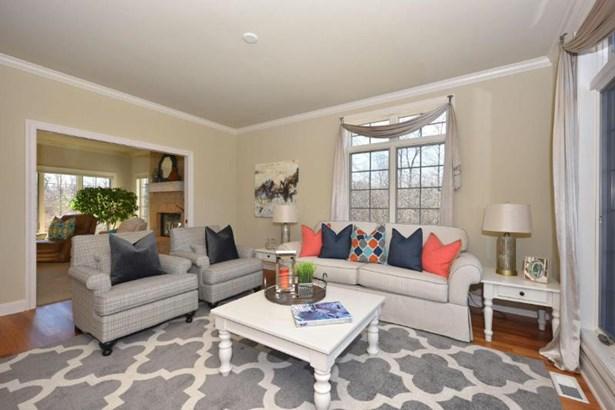 Sunny Living Room w/ Hardwood floors (photo 3)