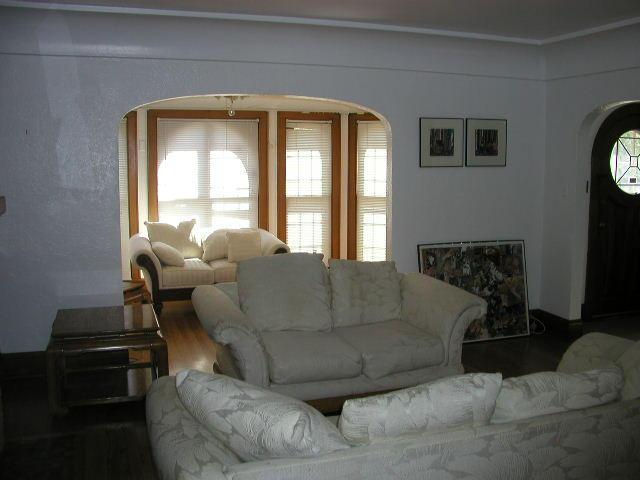 Living Room/Sun Room (photo 3)