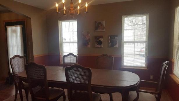 Dining Room 2 (photo 3)