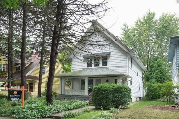 3533 N Frederick Ave