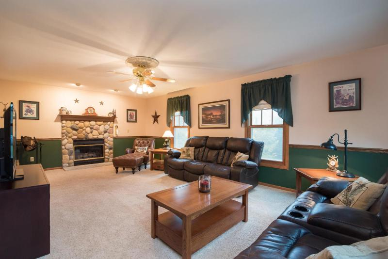 2784 Dry Gulch-19 living room NFP (photo 5)