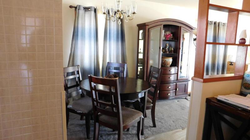 Diningroom (photo 3)