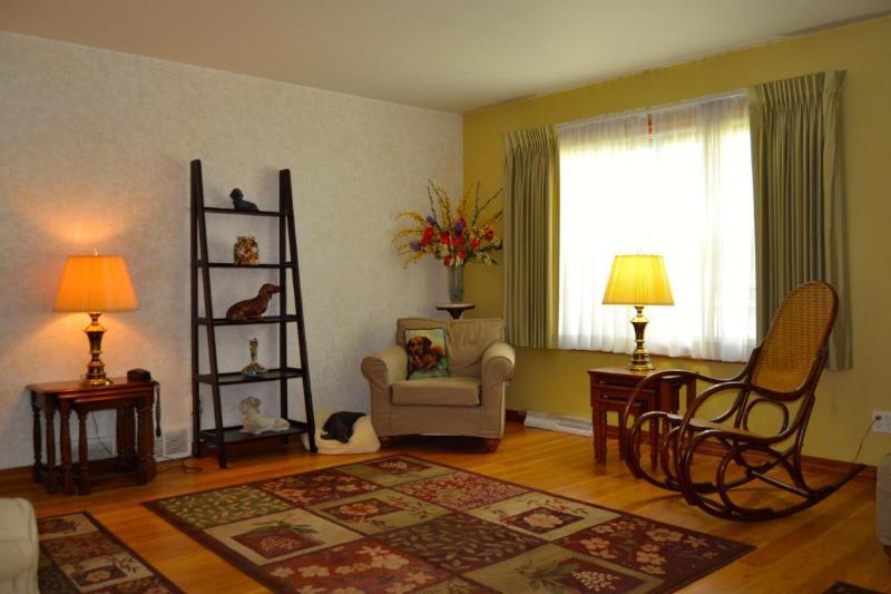 living room1 (photo 4)