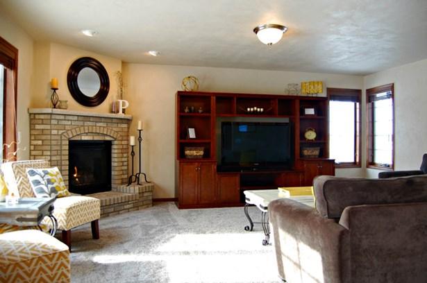 Open Living Room (photo 4)