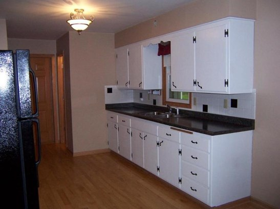 Kitchen 1 (photo 5)