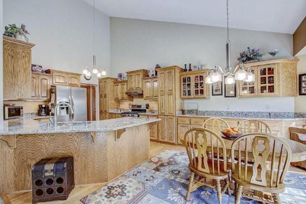 Kitchen2 (photo 5)