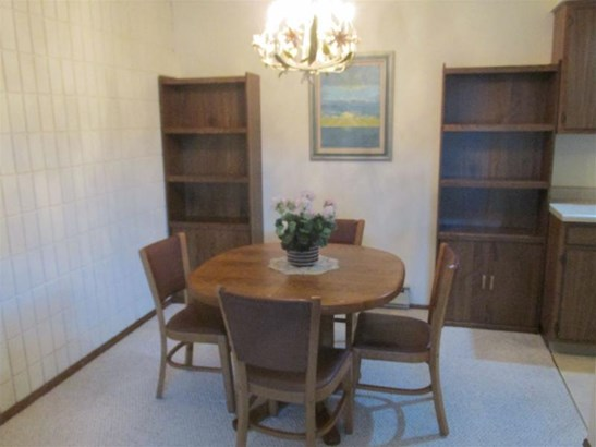 Dining Room (photo 5)