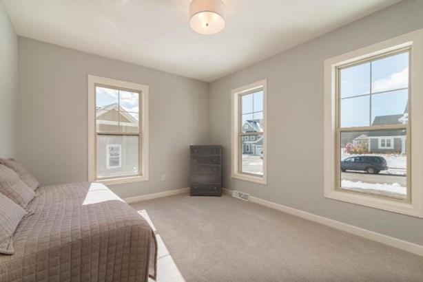 Bonus Room (photo 5)