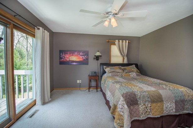 Master Bedroom (photo 3)