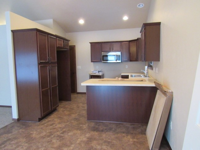 well laid out kitchen (photo 5)