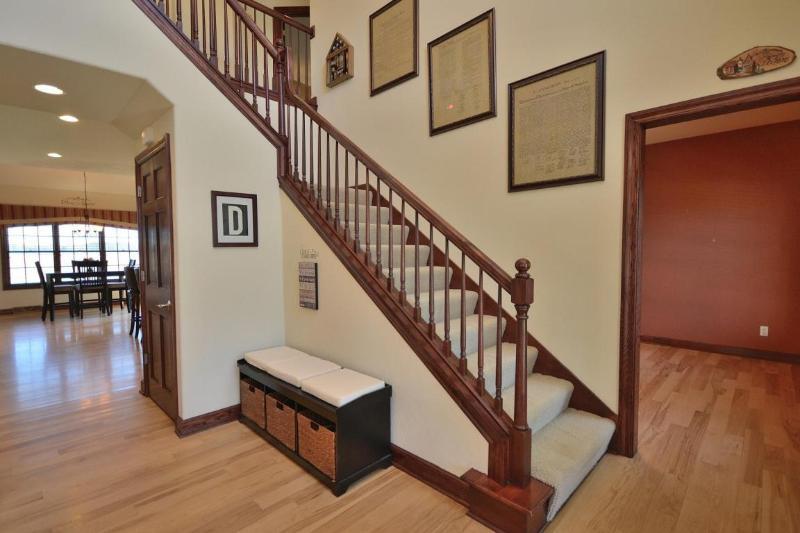 Foyer (2) (photo 2)