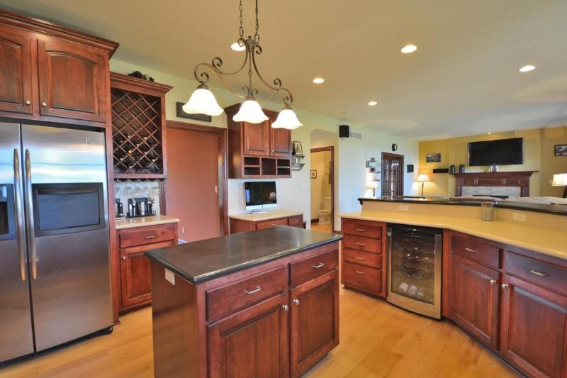 Kitchen (3) (photo 4)