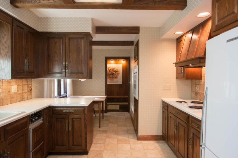 Kitchen view 2 (photo 4)