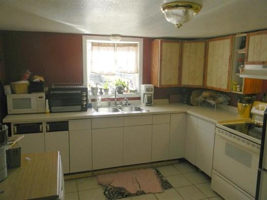 Includes Appliances (photo 5)