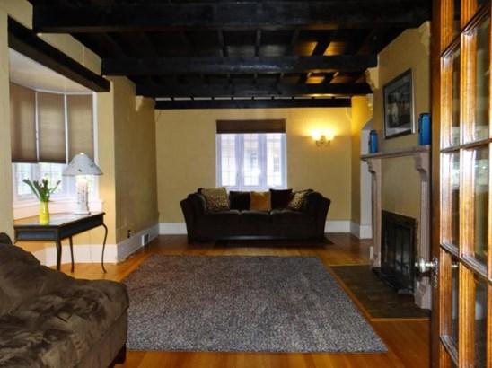 MLS-5 - Living Room (photo 2)