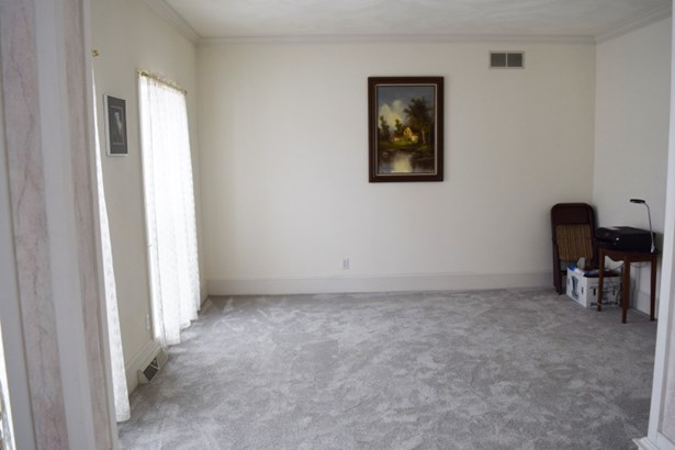 Room off Foyer (photo 5)