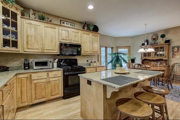 Kitchen 4 (photo 5)