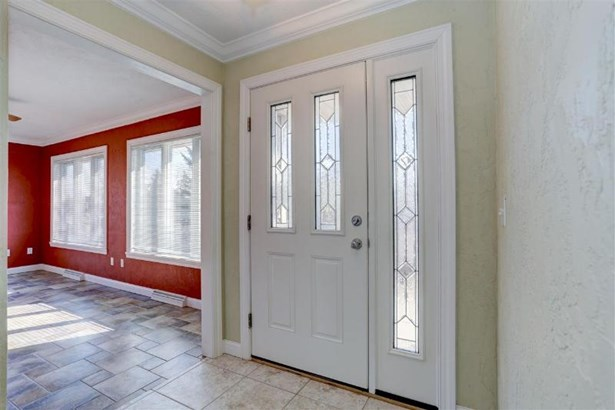 Front Entry with Side Light (photo 3)