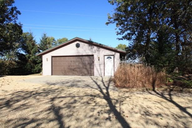 Large 2nd Detached Garage (photo 5)