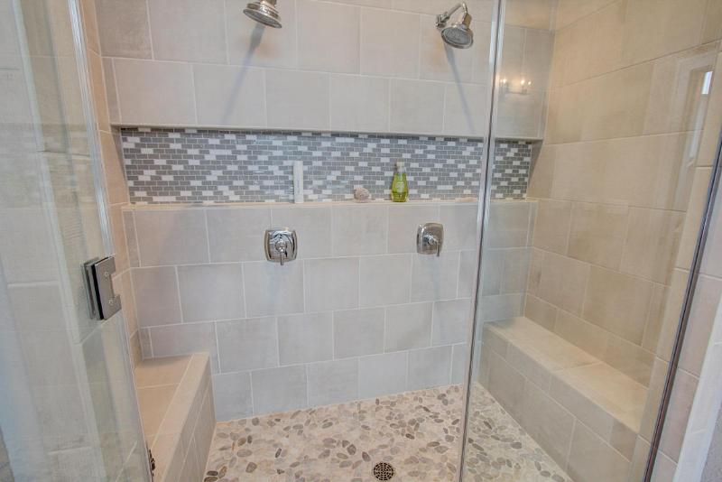 Master Bath Shower (photo 4)