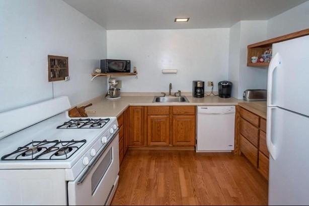 Kitchen Task Area (photo 4)