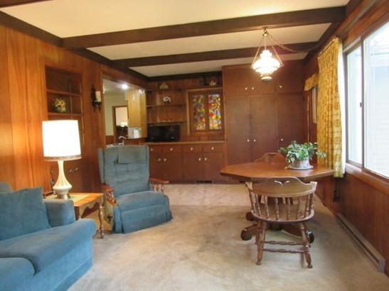 1st Floor Family Room (photo 4)