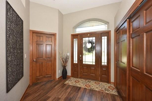 Welcoming Foyer (photo 5)