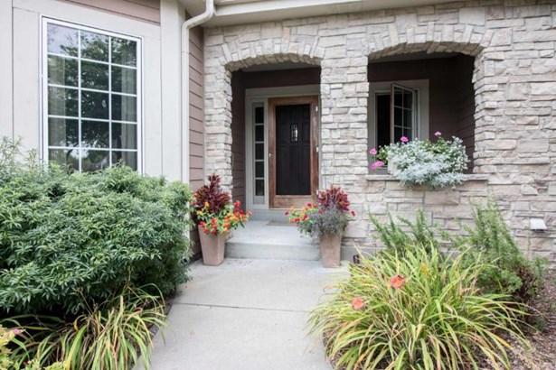 Front Porch (photo 5)