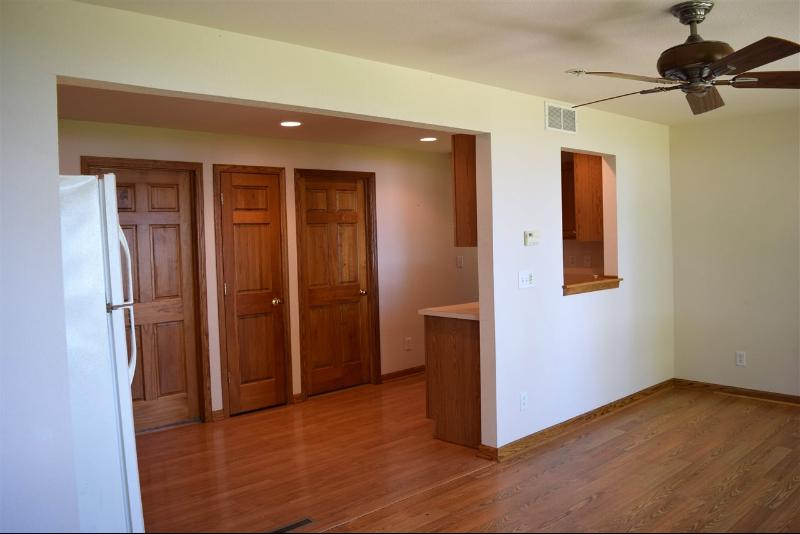 Living Room to Kitchen (photo 5)