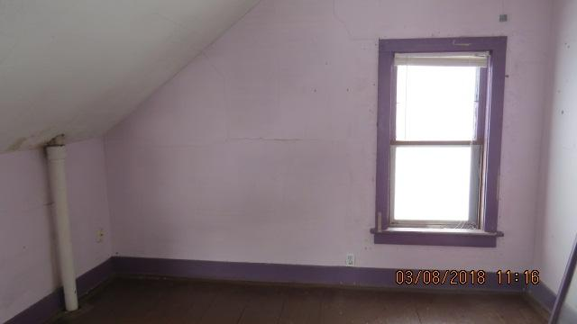bedroom (photo 4)