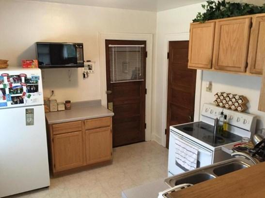 upper kitchen (photo 5)