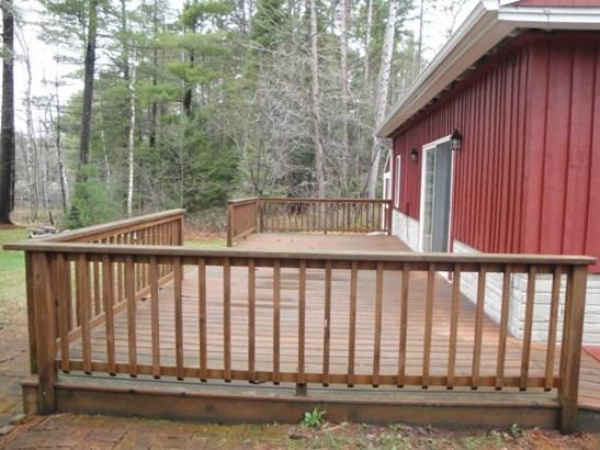 32-Foot Deck (photo 3)