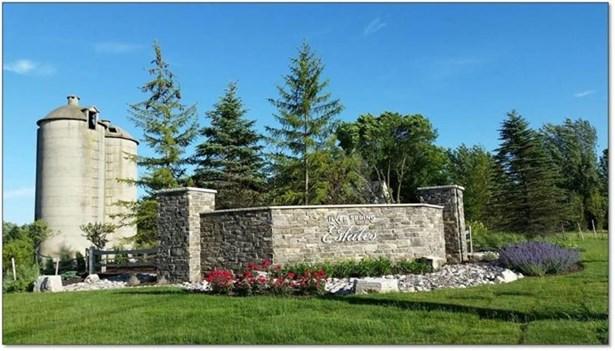 Silver Spring Estates Entrance (photo 3)