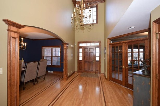 Soaring Foyer (photo 2)