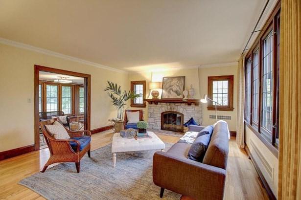 Living Room to Sun Room (photo 3)