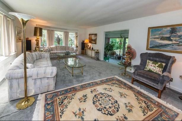 Living Room to Sunroom (photo 5)