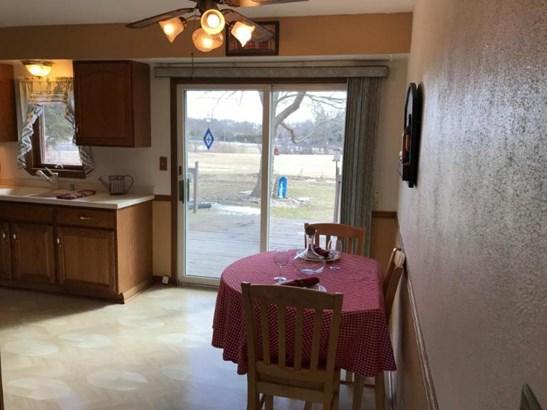 2 kitchen (photo 4)